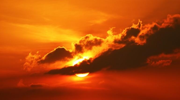 Coucher de soleil en été
